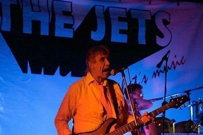 The Jets - Reiner Egert beim anheizen des Hoepfemer Publikums -