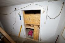 Zugang Pelletlager, falls Pellets nachgeschoben werden müssen, zum hineinschauen, zum entstauben usw.