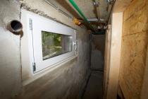 Ein neues Fenster wurde im Pelletraum eingebaut.