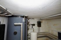 Die Puffersensoren, der Mischer-Stellmotor und die Heizkreispumpe wurden im Lehrrohr, sowie im neu montierten Kabelkanal verlegt.