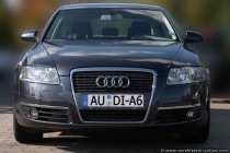 Der ultimative und elegante Audi A6 bringt sportliches Fahrvergnügen mit sich.