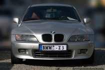 Der BMW Z3 Coupe wurde 1998, nachdem der zweisitzige BMW Z3 Roadster 2 Jahre zuvor auf dem Markt gekommen war, ergänzt.