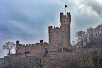 Burg Sooneck wurde im Jahre 1689 niedergebrannt und 1842 als Jagdburg wieder aufgebaut. Durch mehrere Unterbrechungen wurde die Burg im Jahre 1862 fertig gestellt.