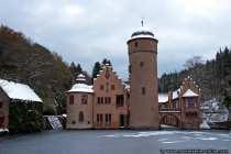 """Das Schloss ist bekannt, da es als Drehort für das Stück """"Wirthaus zum Spessart"""" benutzt wurde."""