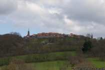 Die Bergfeste Dilsberg am Neckar ist eine restaurierte und erhaltene Stadtanlage östlich von Heidelberg. Dilsberg wurde im 30 jährigen Krieg von Tilly erobert, an die Schweden verloren und von den Kaiserlichen Truppen zurückerobert. Der französische General Melac, der Zerstörer vom Heidelberger Schloss und von der Kurpfalz, besetzte im Jahre 1690 Dilsberg, verließ die Stadt aber ohne Schäden zu hinterlassen. Die Burg Dilsberg wurde im 19. Jahrhundert restauriert und damit begann die Zeit des Tourismus für Dilsberg.