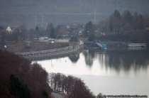 Knapp 200 Millionen Kubikmeter Wasser kann die Staumauer am Edersee zurueckhalten