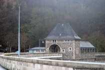 Fuer den Bau der Staumauer von 1908 bis 1914 wurden zirka 300.000 m³ Bruchsteinmauerwerk verarbeitet.