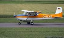 Flugzeug mit Kennung D-ELYS
