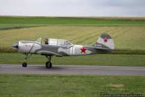 Flugzeug YAK-52