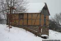Nach sorgfältigen Untersuchungen und einer historischen Fotografie wurde die Grünkerndarre wiederaufgebaut.
