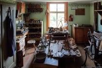 Werkstatt und Wohnung des verarmten Schusters, welcher in der Dachwohnung vom Armen- und Gemeindehaus mit seiner Familie lebte.