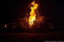 Christbäume verbrennen in Gross-Gerau ist zu einer kleinen Tradition geworden.
