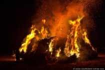Gewaltiges Feuer