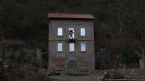Gruselhaus und der Mann mit der Axt