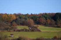 Die letzten wärmenden und herrlichen Sonnenstrahlen machen einen farbenprächtigen Herbst erst wunderschön.