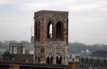 Die Gutenbergkirche St. Christoph ist eine Ruine und erinnert an die Zerstörung der Stadt Mainz im zweiten Weltkrieg.