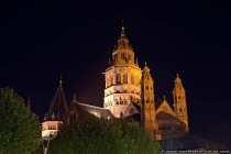 Mainzer Dom bei Nacht