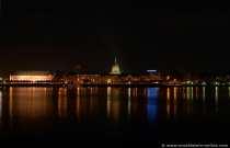 Panoramabild von Mainz bei Nacht