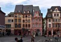 Historische Markthaeuser am Dom- und Marktplatz in Mainz