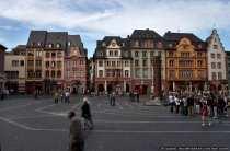 Auf dieser Platzanlage findet der beliebte Mainzer Wochenmarkt statt