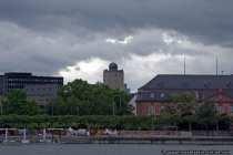 Die Sternwarte von Mainz befindet sich im Turm der Anne-Frank-Schule und wird von der Astronomischen Arbeitsgemeinschaft der Sternfreunde Mainz und Umgebung e.V. betrieben.