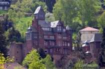 Schullandheim Miltenberg Vorderansicht und Seitenansicht