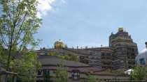 Waldspirale Darmstadt mit Kuppeln