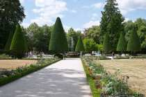 Die Residenz mit Hofgarten hat fast jährlich bis zu 500.00 Besucher.