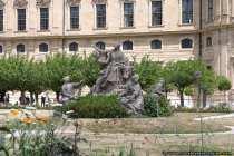 Statuen im Hofgarten der Residenz