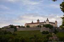 Eine Bastion, auch Bastei genannt, ist eine Anlage, welche aus dem Festungswall hervorspringt.