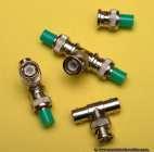 BNC - koaxiale Steckverbinder mit einem Bajonettverschluss bis 1GHz, teilweise bis 4GHz, mit einem 50 oder 75 Ohm Wellenwiderstand.