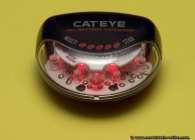 Rücklicht Cateye TL-LD300G Fahrradbeleuchtung. 2x1,5V Mignonbatterien versorgen 5 LED's.