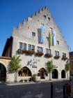 Im Jahre 1558 wurde das historische Rathaus, im spätgotischen Stil, aus Muschelkalk-Bruchsteinen errichtet. [EOS5D Mark4 | ISO125 | f5 | 1/1000s | 16mm]
