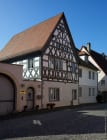 Fotografiert auf der Hauptstraße in Sommerhausen. [EOS5D Mark4 | ISO125 | f8 | 1/250s | 30mm]