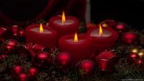 Weihnachtszeit, Weihnachtsdeko mit Kerzen