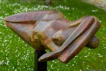 Nicht nur, aber besonders in Corona-Zeiten ist die Idee eine Ausstellung der Kunstobjekte im öffentlichen Raum, sozusagen unter freiem Himmel, eine gelungene Skulpturen.SCHAU!