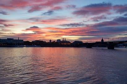 Mainz am Rhein, die goldene Stadt.